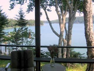 OCEAN FRONT COTTAGE ON SWANS ISLAND - Swans Island vacation rentals