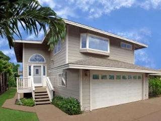 Charley Young Beach House: 3-bed 2-bath Ocean View - Kihei vacation rentals
