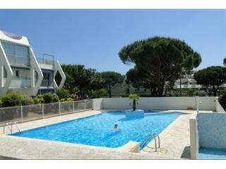 p2 cabine rdc terrasse 5 couchages piscine - La Grande-Motte vacation rentals