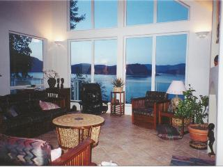 Oceanfront -Spectacular Views -Close to Victoria - Cowichan Bay vacation rentals