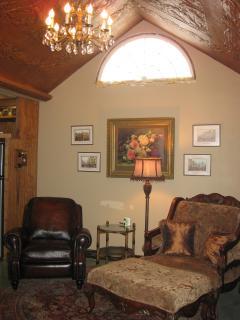 Cat's Meow Bed & Breakfast Catseye Cabin - Fredericksburg vacation rentals