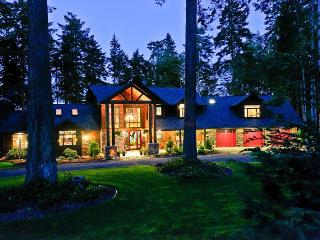 Luxury Waterfront Lodge, Hot Tub, Eagles, WiFi - Whidbey Island vacation rentals