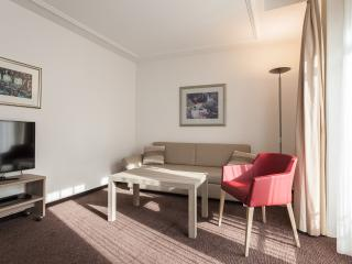 EMA House Serviced Apartment, Beckenhofstr.22, 2BR - Zurich vacation rentals