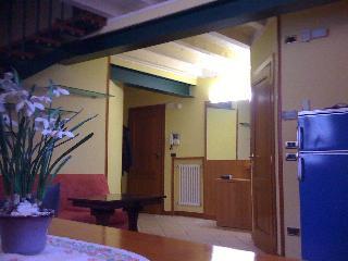 Apartment in a condo in the hearth of Desenzano - Milan vacation rentals