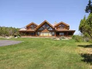 Beautiful House with Mountain Views and Wireless Internet - Vilmas vacation rentals