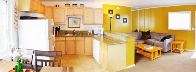Kitchen and Living room - Close to everything in Mission Beach - Pacific Beach - rentals