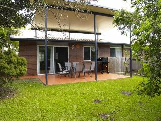 Convenient and family friendly 3br home in Kedron - Brisbane vacation rentals