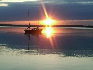 Gorgeous Lakeside Retreat Property - Isle La Motte vacation rentals