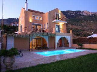 2 bedroom Villa with Internet Access in Lourdata - Lourdata vacation rentals