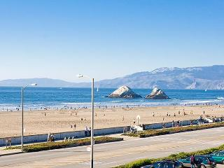 50 yds with OCEANFRONT View Private Balcony - San Francisco vacation rentals