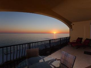 Adagio~Open Starting Nov 28th Thru 12/26/15~Lowest Rates of Year - Santa Rosa Beach vacation rentals