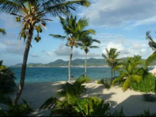 Charm by the sea - directly on the beach - Saint Martin-Sint Maarten vacation rentals