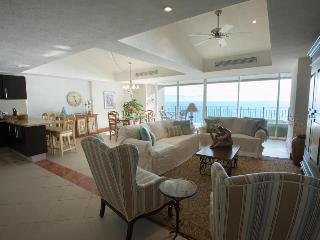 Puerto Vallarta 2.5 Bd Oceanfront Luxury Condo - Puerto Vallarta vacation rentals
