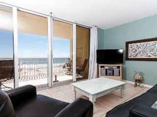 DP 302: 3RD FLOOR, BEACH FRONT, 2 BEDROOM, SLEEPS 6, FREE BEACH SERVICE - Fort Walton Beach vacation rentals