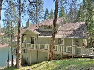 Water's Edge-Awesome Lakefront Home - Gold Country vacation rentals