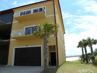 Comfortable House with Internet Access and A/C - Pensacola Beach vacation rentals