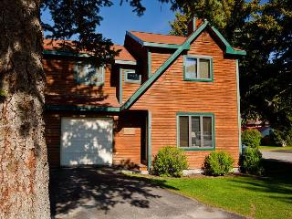 4 bedroom S. Cache condo - Convenient Jackson Hole Location! - Jackson vacation rentals