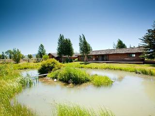 Convenient 3 bedroom Jackson House with Deck - Jackson vacation rentals