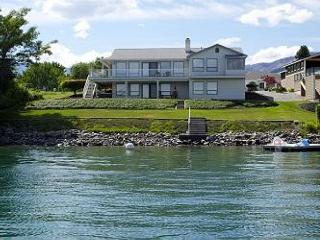 Wapato Point Sunrise Waterfront Home - Manson vacation rentals