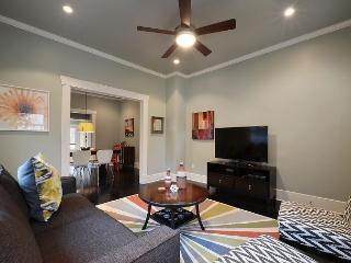 2BR/2BA Great Location! Walk to West 6th Street! - Austin vacation rentals