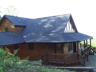 YOU WILL BE ASTOUNDED BY THE MOUNTAIN VIEW FROM LOOKOUT LODGE - Epworth vacation rentals