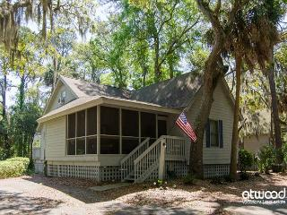 Turtle Pond - Pet Friendly Resort Cottage - Edisto Island vacation rentals