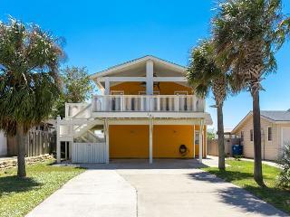 4BR/4BA Big Spacious Beach House-2 Blocks to the Beach! Winter Texans Welcome - Port Aransas vacation rentals