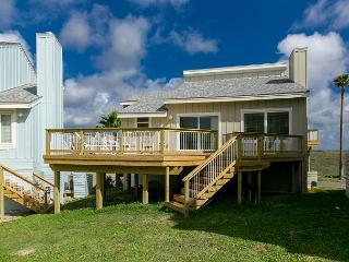 3BR/3BA Ocean Views and Boardwalk Access to the Beach! Winter Texans Welcome! - Port Aransas vacation rentals
