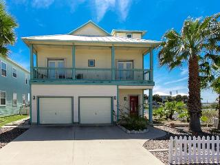 4BR/2.5BA Unique Haven on the Bay with Game Room and Pool Access! - Port Aransas vacation rentals
