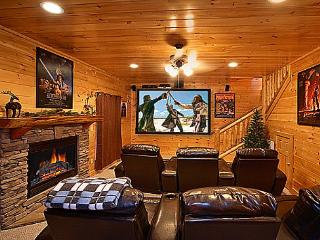 KNOCKIN' ON HEAVEN'S DOOR - Luxury 5/4 -Theater - Pigeon Forge vacation rentals