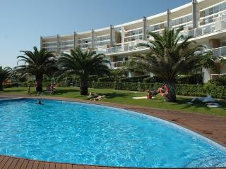 Nice Condo with Washing Machine and Shared Outdoor Pool - L'Estartit vacation rentals