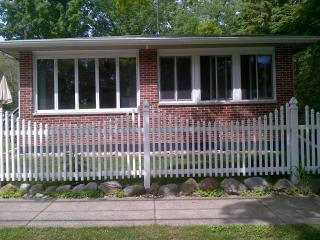 PERFECT  PLACE SUMMER VACATION RENTAL - South Haven vacation rentals