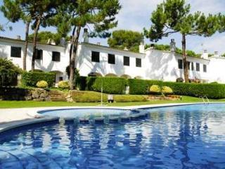 CONDADO 3D - 6 PAX - Mas Pinell vacation rentals