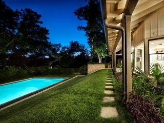 5BR/5BA Luxury Oasis in Downtown Austin! - Austin vacation rentals
