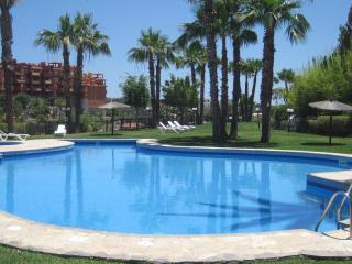 Apartment  Palmeras Cabopino las Chapas - Artola vacation rentals