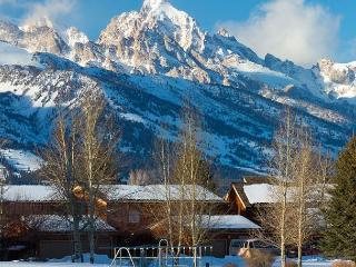 Teton Shadows 2 bedroom- Close Proximity to Grand Teton National Park! - Jackson vacation rentals