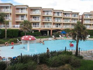 Ocean front 3 Bedroom Getaway! - Galveston vacation rentals