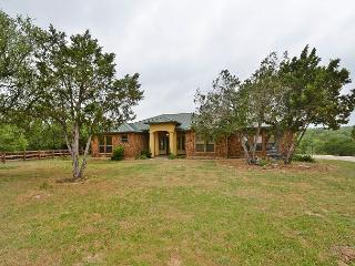 4BR, 3BA Dripping Springs Stargazers' Dream Home with Fire Pit on 1.5 Acres - Dripping Springs vacation rentals