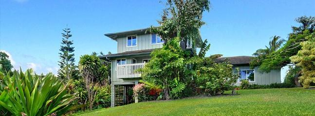 4 bedroom House with Internet Access in Princeville - Princeville vacation rentals