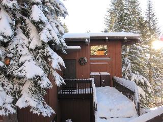 Mammoth Mountain Walk to Lifts at Canyon Lodge - Mammoth Lakes vacation rentals