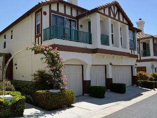 Charming 2 Bedroom Encinitas Condominium - Saxony Complex - Encinitas vacation rentals