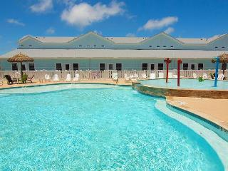 Beautiful 3 bedroom townhouse that sits on the best pool on the Island! - Corpus Christi vacation rentals