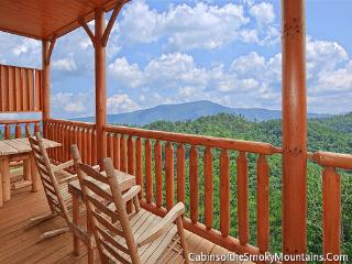 Country Bear Cottage - Sevierville vacation rentals