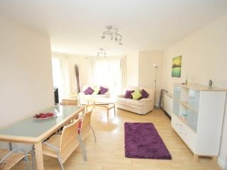 GROUND FLR 2 BED APARTMENT NR BEACH - Bournemouth vacation rentals