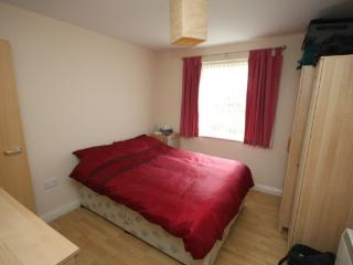 2 bedroom Condo with Garden in Bournemouth - Bournemouth vacation rentals