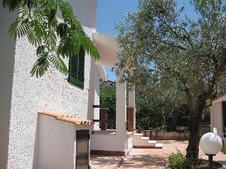 Nice Villa with A/C and Washing Machine - Partinico vacation rentals