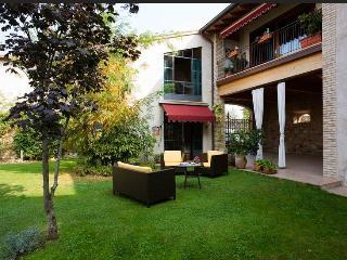 appartamento vicino  Lago di Garda - Peschiera del Garda vacation rentals