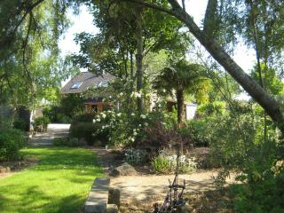 La Peignardiere a B&B close to Fougeres  (R) - Parigne vacation rentals