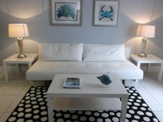 Newly Reno Luxurious 1 Br Across  Beach & Boardwalk - Miami Beach vacation rentals