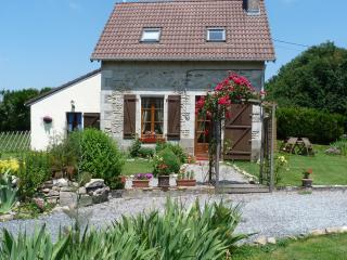 Perfect 1 bedroom Cottage in Lussac-Les-Eglises with Internet Access - Lussac-Les-Eglises vacation rentals
